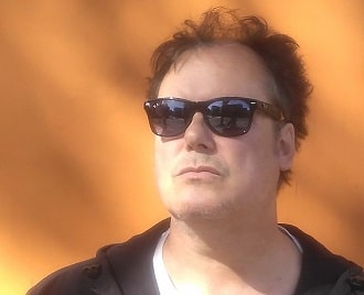 STEVE LARKMAN on Museboat Live channel